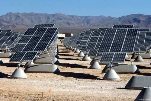 Image of solar plant [USAF/Wikipedia]