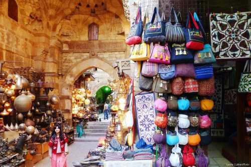 Image of an Egyptian stall in Cairo, Egypt on 4 February 2014 [Laura Cuttier/Flickr]