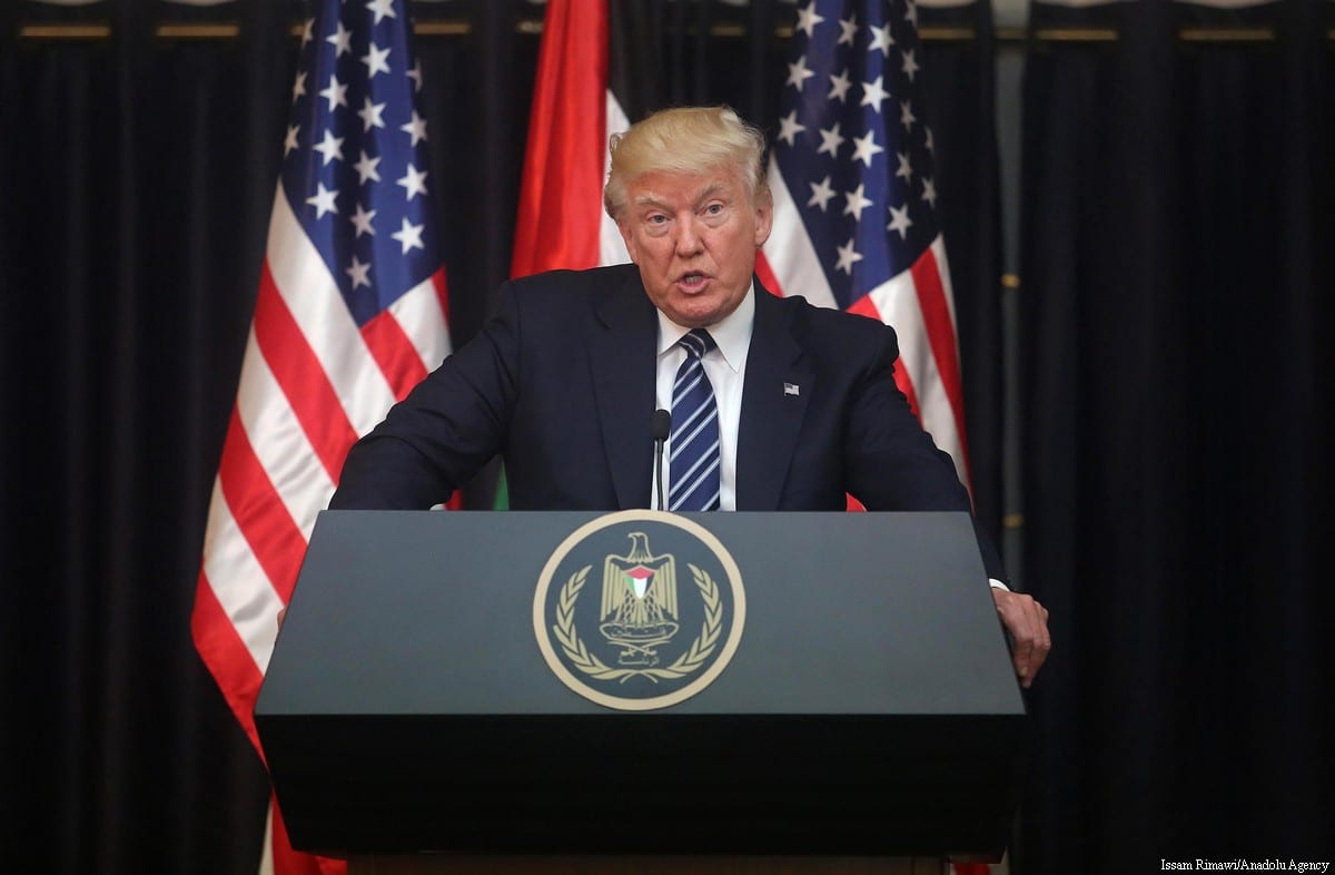 Palestinian president Mahmoud Abbas (R) and US President Donald Trump (L) hold a joint press conference following their meeting on 23 May, 2017 in Bethlehem, West Bank [Issam Rimawi/Anadolu Agency]