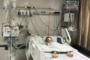 Hospitals and patients are effected by the electricity crisis in Gaza [Mohammed Asad/Middle East Monitor]