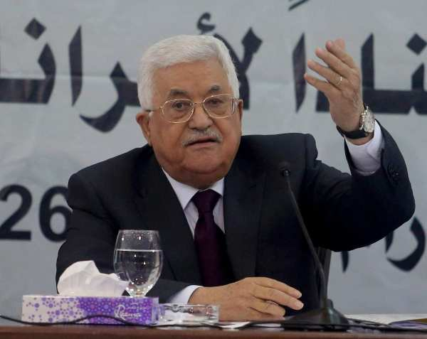 Palestinian President Mahmoud Abbas speaks during a Revolutionary Council Meeting of Fatah Movement in Ramallah, West Bank on 25 May, 2017 [Issam Rimawi/Anadolu Agency]