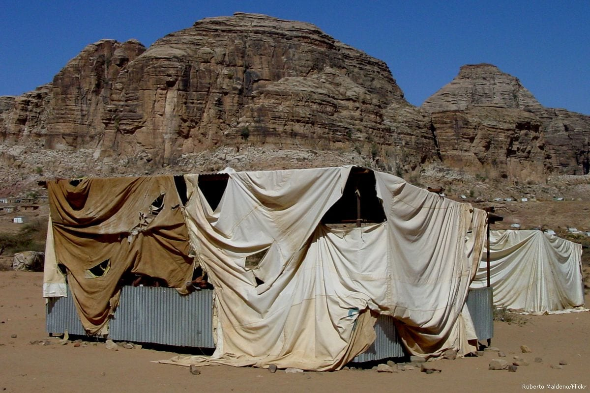 Image of a refugee amp in Sudan [Roberto Maldeno/Flickr]