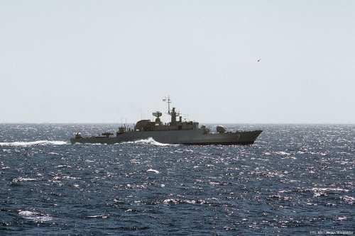 Image of an Iranian warship [PH1 Alex Hicks/Wikipedia]
