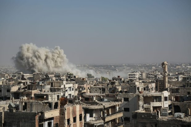 Smoke rises after Assad regime forces' carried out an air strike in the Ein Terma town of Eastern Ghouta, which is a de-conflict zone under control of opposition forces, in Damascus, Syria on 17 August, 2017 [Ammar Süleyman/Anadolu Agency]