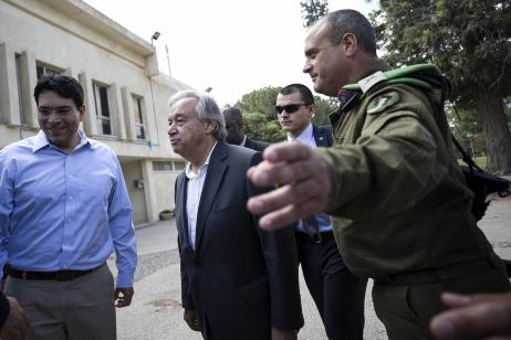 United Nations Secretary General Antonio Guterres visits the Nahal Oz military base near the Gaza and Israel border on 30 August 2017 [Stringer/Anadolu Agency]