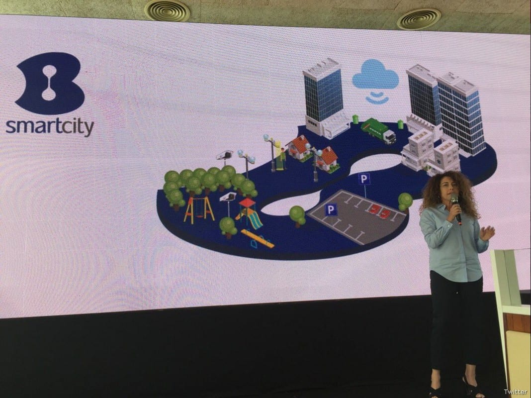 Stella Handler, CEO of Israeli telecommunications Bezeq [Twitter]