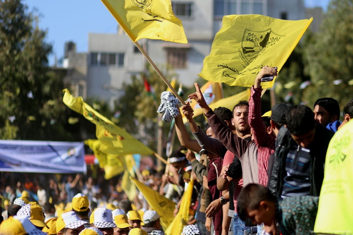 Palestinian Fatah supporters take part in a rally in Gaza City on 11 November 2017 [Yasser Qudih/Apaimages]