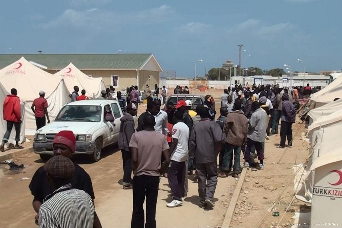 Migrants can be seen at a shelter in Benghazi, Libya [European Commission DG/Flickr]