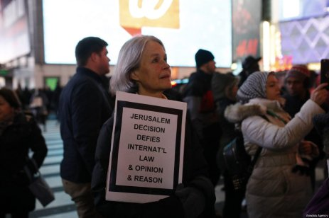 People attend a demonstration against US President Donald Trump's recognition of Jerusalem as Israel's capital, at the Times Square in New York City, United States on December 09, 2017 [Atılgan Özdil / Anadolu Agency]
