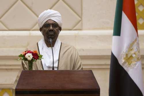 President of Sudan Omar Al-Bashir addresses during a joint press conference held with President of Turkey Recep Tayyip Erdogan (not seen) following their inter-delegation meeting in Khartoum, Sudan on 24 December, 2017 [Binnur Ege Gürün/Anadolu Agency]
