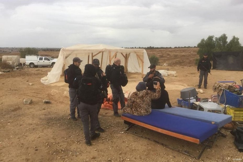 Israeli forces left Palestinians homeless as they demolished Al-Araqeeb on 6 December 2017 [Arab48]