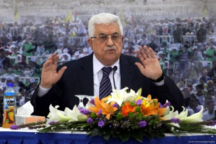 Is Abbas serving the Palestinians or fooling them?