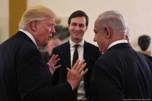 US President Donald Trump (L), Jared Kushner (C), US President Donald Trump's son-in-law and adviser, Israeli Prime Minister Benjamin Netanyahu [Israel Ministry of Foreign Affairs/Flickr]