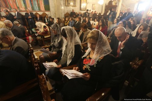 Orthodox Christians mark Epiphany in the Church of St. Pervarius in Gaza on 6 January 2018 [Mohammed Asad/Middle East Monitor]