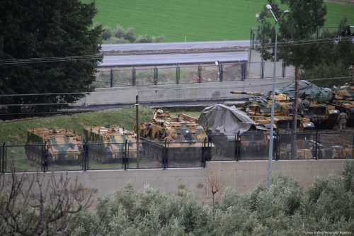 Deployed Turkish Army tanks to reinforce the border units are seen in Hatay, Turkey on 19 January 2018 [Cem Genco/Anadolu Agency]