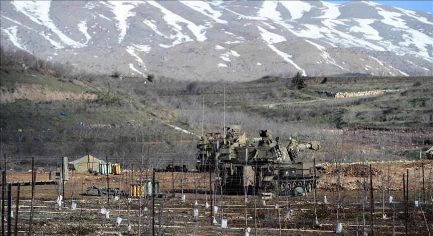 Israeli forces at the Golan Heights border [Escla/Wikipedia, File photo]