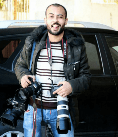 Palestinian journalist Ahmad Abu Hussein was got shot in the head and critically injured by Israeli forces while covering protests on Friday [Twitter]