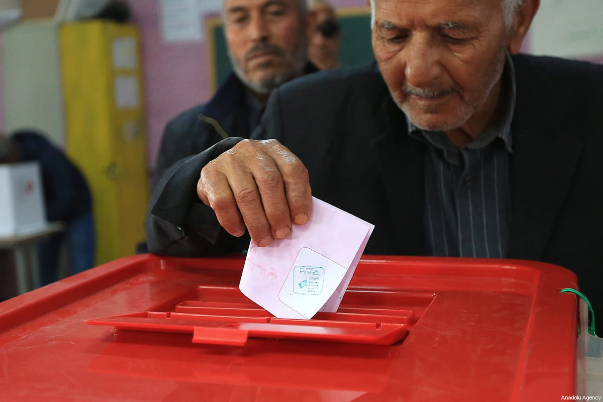A man casts his vote at a polling station during Tunisian local elections, which was held first time after 2011 Arab Spring revolution, in Ben Arous, Tunisia on May 06, 2018.</body></html>