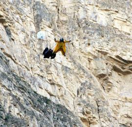High-flyers and risk takers Base jumping in Erzurum, eastern Turkey [Cengiz Koçak/Anadolu Agency]