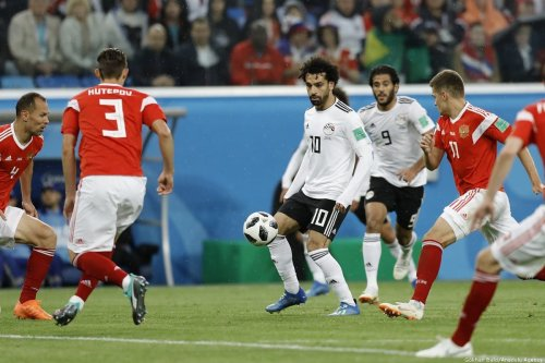 Mohamed Salah (10) of Egypt in action during the 2018 FIFA World Cup match against Russia on 19 June 2018 [Gökhan Balcı/Anadolu Agency]
