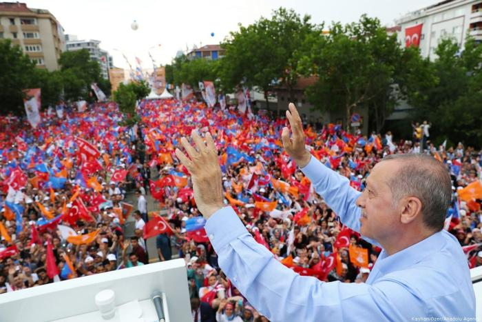 Turkey's election promises fail to tackle the economy