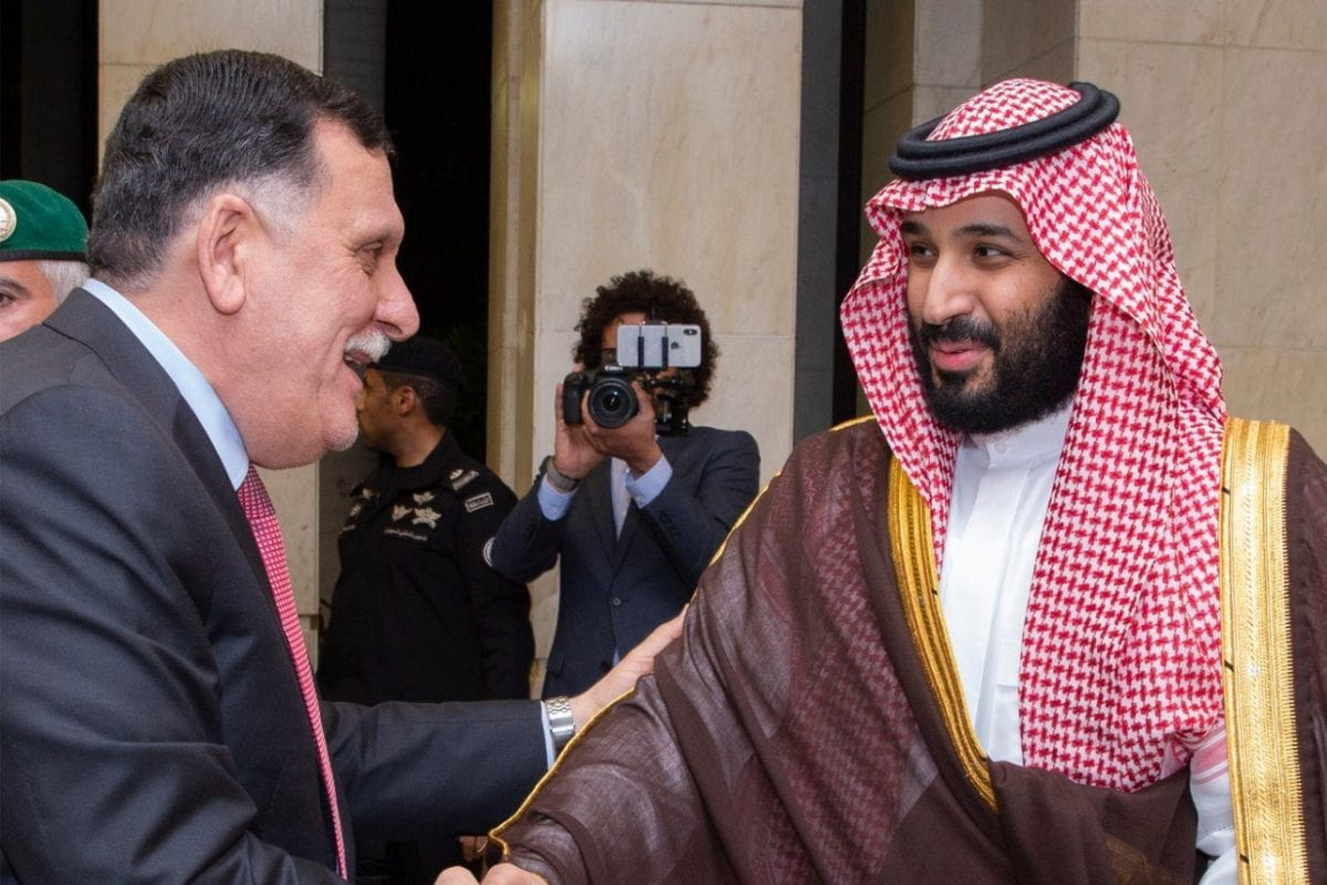 Saudi Crown Prince Mohammed Bin Salman meets head of the Presidential Council of the Government of the Libyan Accord, Fayez Al-Sarraj, on 4 June 2018 [SPA]