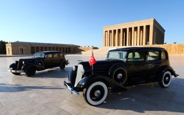 1935 Lincoln model automobiles, which was used by Mustafa Kemal Ataturk, are seen during a delivery ceremony at Mustafa Kemal Ataturk's mausoleum in Ankara, Turkey on 4 July, 2018 [Evrim Aydın/Anadolu Agency]
