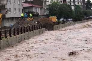 The Tabakhane stream increased following the heavy rain that hit Ordu in Turkey on 9 August 2018 [Hacer Öztürk/Anadolu Agency]