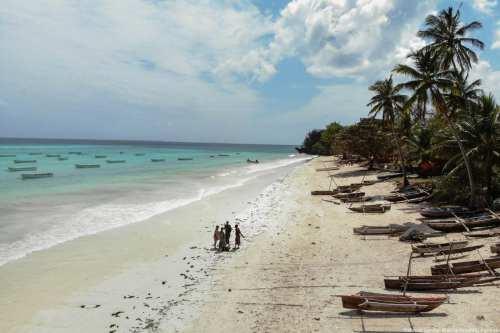 The white sandy shore in the Indian Ocean in Zanzibar, Tanzania on 23 August 2018 [Mahmut Serdar Alakuş/Anadolu Agency]