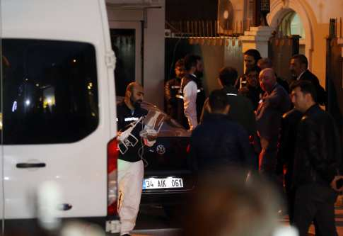 Turkish crime scene investigation team members leave the Saudi Consul in Turkey on 18 October 2018 [Onur Çoban/Anadolu Agency]