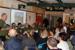 A talk by the 'Keep Hope Alive Olive Campaign' by Reading volunteers who have recently returned from the olive harvest in Bethlehem at the 'Celebration of Palestinian Art & Culture' on 2 November 2018 [Jehan Alfarra/Middle East Monitor]