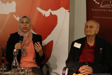 Shortlist authors Maha Nasser (L) and Reja-e Busailah discuss their work at the Palestine Book Awards pre-launch event on 15 November 2018 [Abdelrahman Said/Middle East Monitor]