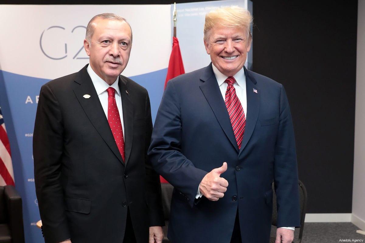 President of Turkey Recep Tayyip Erdogan (L) meets with US President Donald Trump (R) within the G20 Leaders' Summit in Buenos Aires, Argentina on December 01, 2018 [TURKISH PRESIDENCY / MURAT CETINMUHURDAR / HANDOUT - Anadolu Agency]