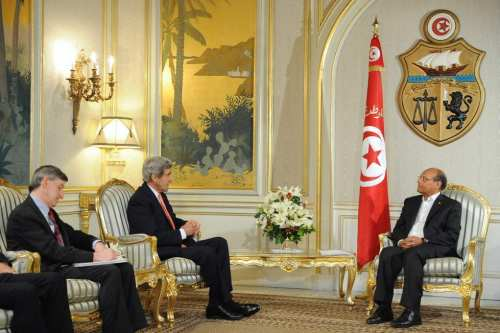 US Secretary of State John Kerry and US Ambassador to Tunisia Jacob Walles sit with Tunisian President Moncef Marzouki for a meeting at the Carthage President's Residence in Carthage, Tunisia, on February 18, 2014. [State Department photo/ Flickr]