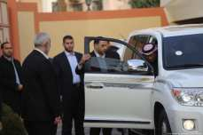 Qatari Ambassador Mohammed El-Amadi is seen getting into a vehicle with senior Hamas officials in Gaza on 24 January 2019 [Mohamed Asad/Middle East Monitor]