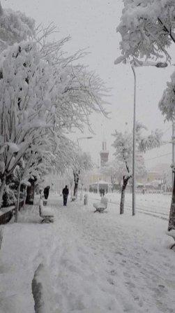 Snow hit Setif in Algeria [Facebook]