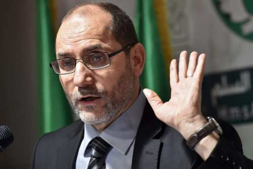 Abderrazak Makri, Movement of Society for Peace (MSP)'s general secretary, speaks during a press conference with the leader of the Algerian Front for Change (FC) party in Algiers on May 6, 2017 [RYAD KRAMDI/AFP/Getty Images]