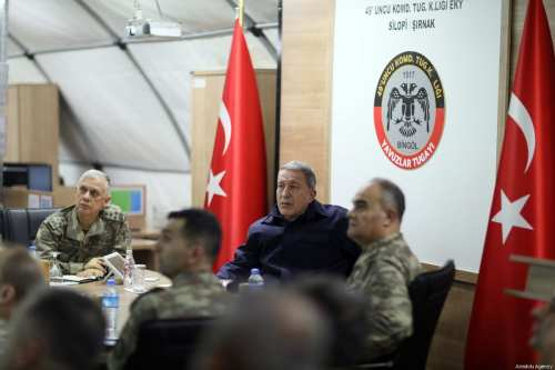 Turkish Defense Minister Hulusi Akar (2nd R) and Turkish Land Forces Commander Umit Dundar (L) visit the military base near Turkish-Iraqi border in Silopi district of Sirnak province, Turkey on 2 February, 2019 [Arif Akdoğan/Anadolu Agency]
