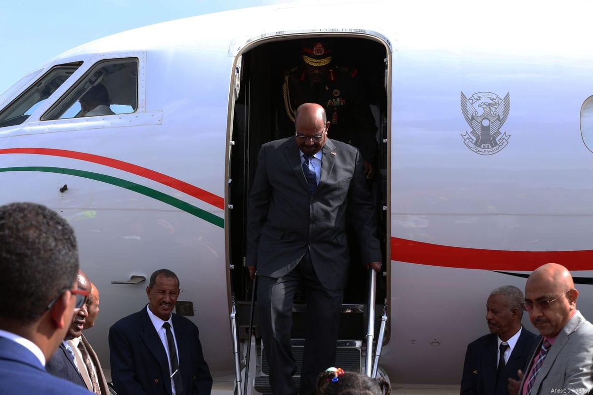 Sudanese President Omar Al-Bashir arrives at the Addis Ababa Bole International Airport to attend the 32nd African Union Leaders' Summit in Addis Ababa, Ethiopia on 9 February 2019. [ Minasse Wondimu Hailu - Anadolu Agency ]