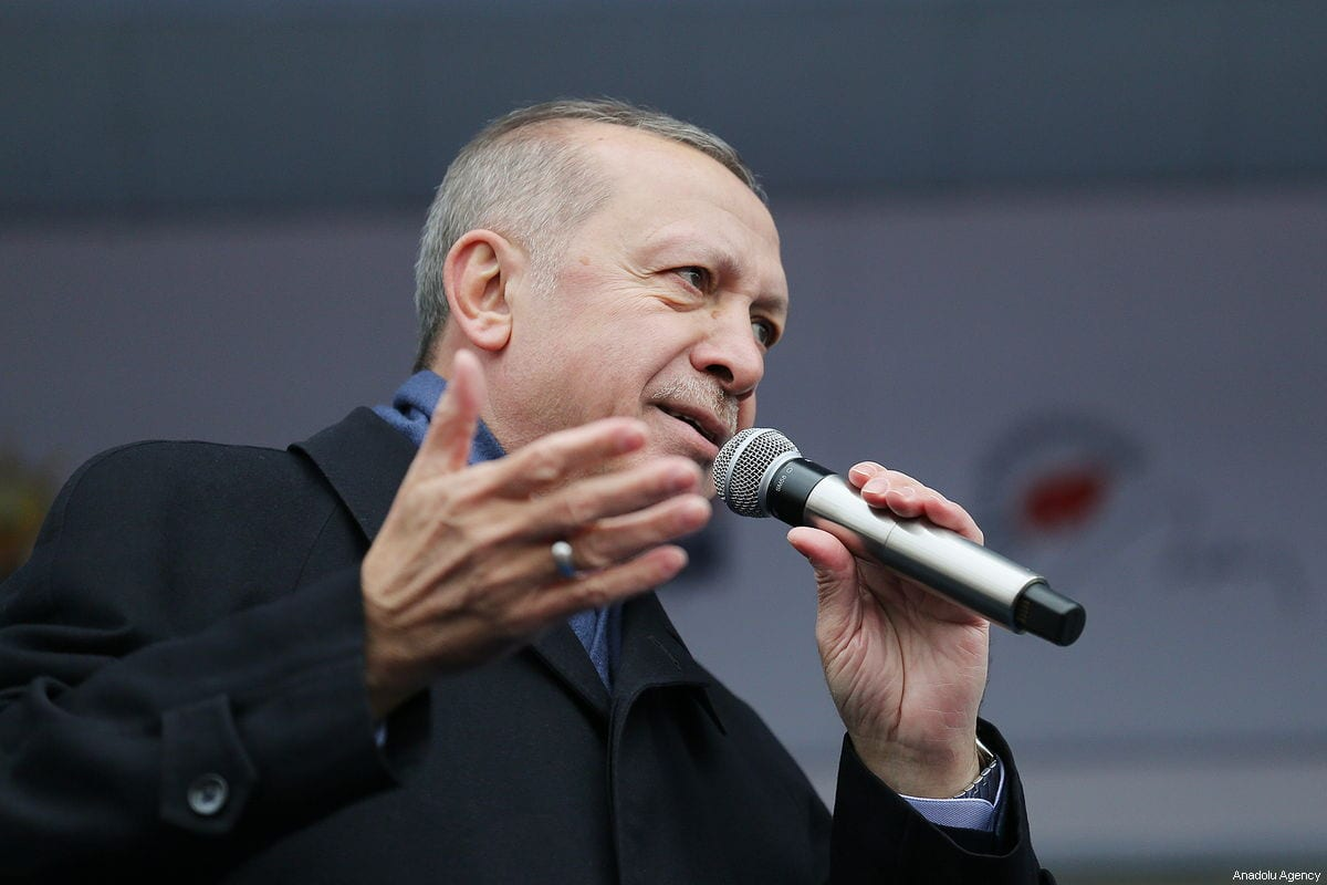 Turkish President and leader of Turkey's ruling Justice and Development (AK) Party Recep Tayyip Erdogan addresses people during AK Party's campaign rally for local March 31 elections, in Bursa, Turkey on 15 February 2019 [Turkish Presidency / Cem Oksuz / Handout - Anadolu Agency]
