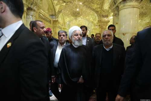 Iranian President Hassan Rouhani (C) visits the Shrine of Imam Ali (Harem el-İmam Ali) in Najaf, Iraq on March 12, 2019 [Iranian Presidency / Handout / Anadolu Agency]