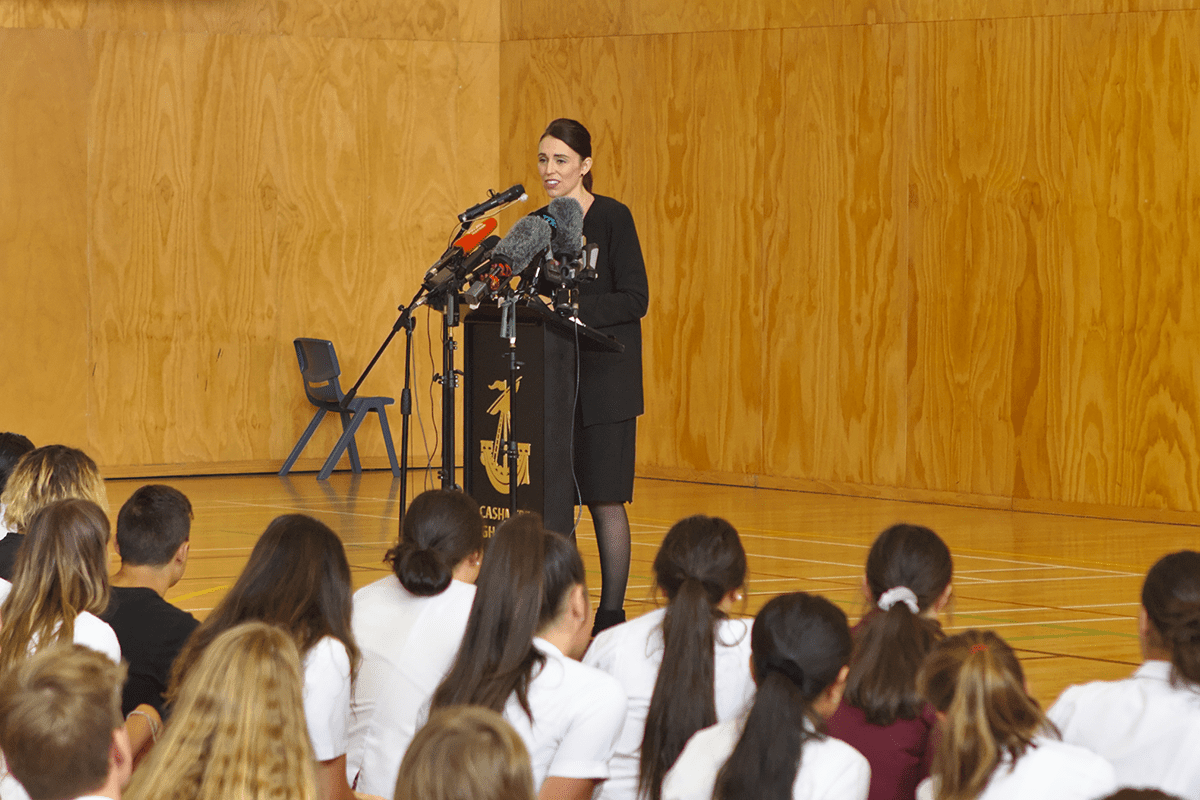 Prime minister Jacinda Ardern talks to students at Cashmere high school, in Christchurch, New Zealand on 20 March, 2019 [Peter Adones/Anadolu Agency]