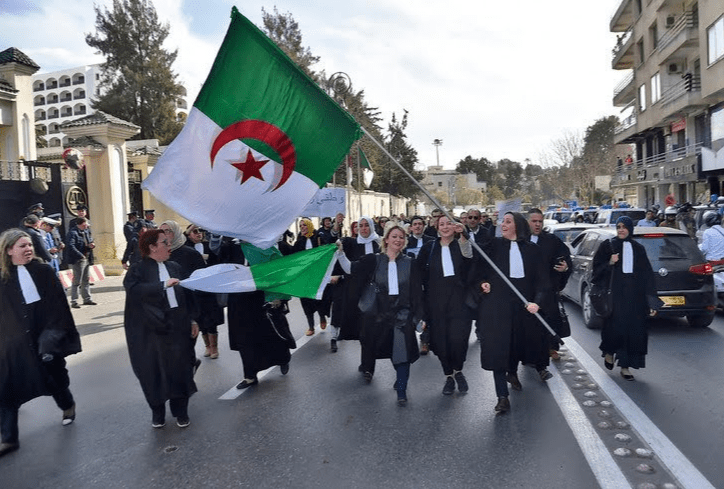 Judges demonstrating in the streets in Algeria [Twitter]