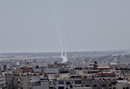 Israeli occupation forces targeted a number of site in the Gaza Strip on 4 May 2019 [Mohammed Asad/Middle East Monitor]