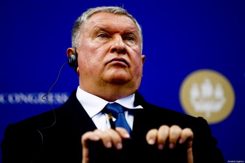 Igor Sechin, Russian oil company Rosneft's chairman and chief executive officer attends 'The St. Petersburg International Economic Forum' (SPIEF) in Saint Petersburg, Russia on 6 June 2019. [Sefa Karacan - Anadolu Agency]