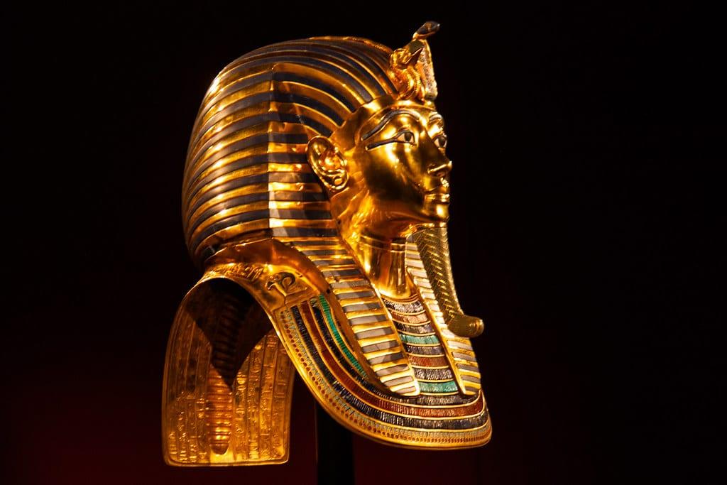 Tutankhamun's Death Mask - [Hans Splinter-Flickr]