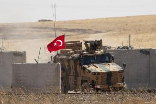 A photo taken from Turkey's Sanliurfa province shows the armoured vehicles as Turkey, US start first joint ground patrols as part of efforts to establish safe zone east of Euphrates in Syria on September 08, 2019 [Emin Sansar / Anadolu Agency]