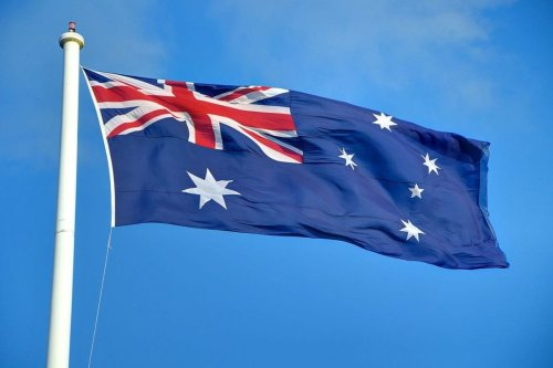 Australian flag seen flying in Toowoomba, Queensland [Photo: Lachlan Fearnley / Wikimedia]