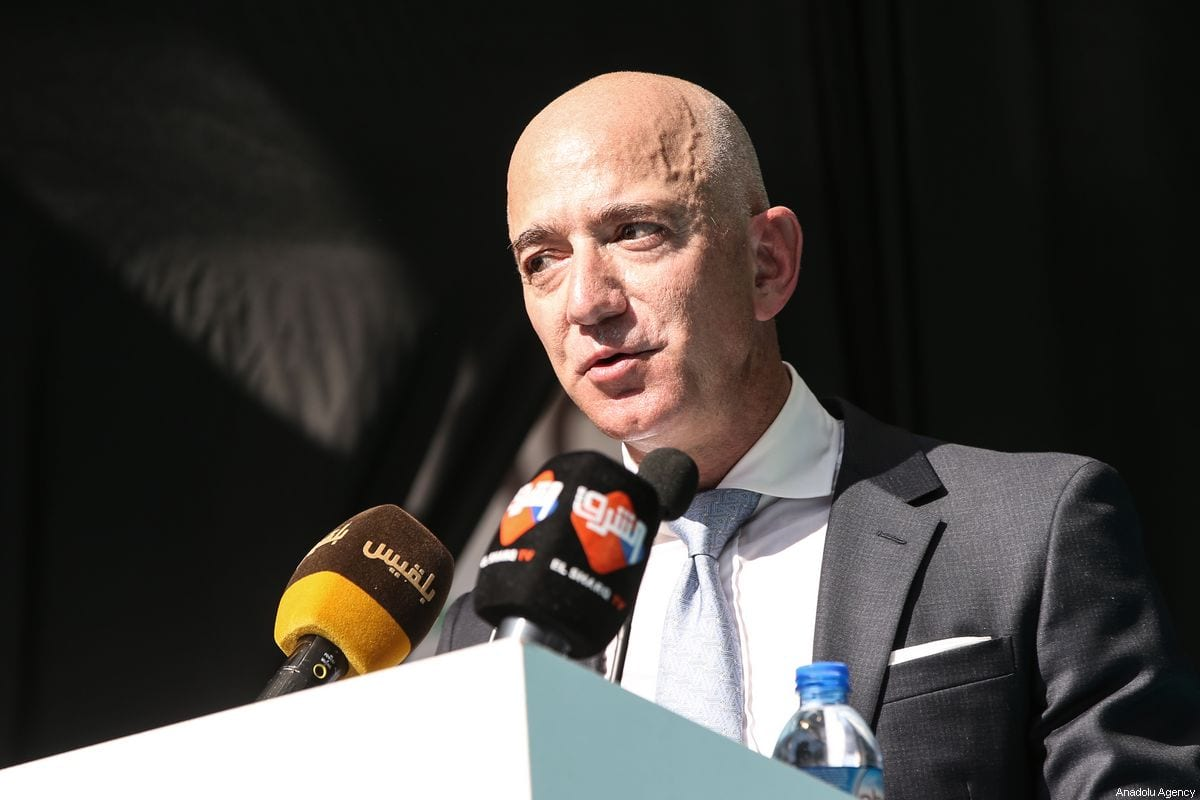 Amazon CEO Jeff Bezos makes a speech during a commemoration ceremony held in front of Saudi consulate on the first anniversary of his murder, in Istanbul, Turkey on 2 October, 2019 [Elif Öztürk/Anadolu Agency]