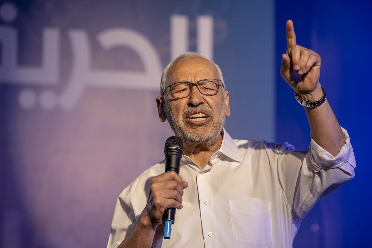 Leader of Nahda Movement Rachid al-Ghannouchi delivers a speech during a gathering within Nahda Movement's election campaign at Habib Burgiba Street ahead of Tunisia's presidential election in Tunis, Tunisia on 4 October 2019. [Yassine Gaidi - Anadolu Agency]